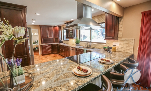 Lakeside Traditional Kitchen Remodel Company